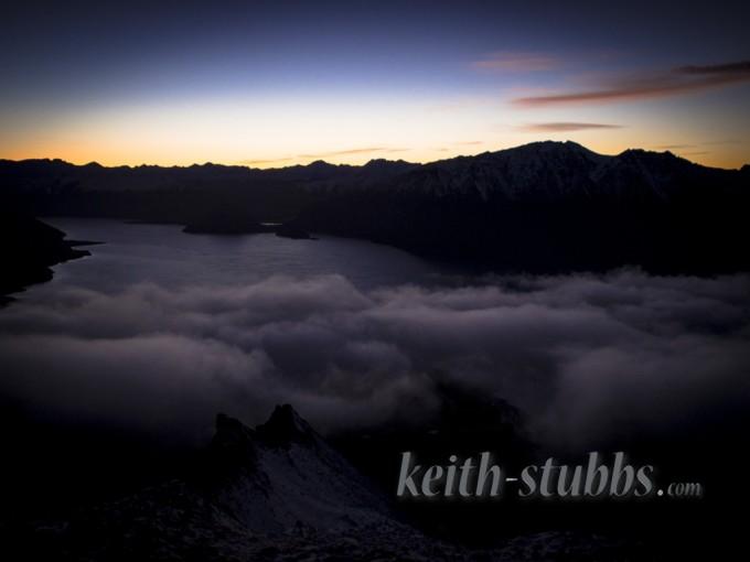 The sunrise over Lake Hawea from Isthmus Peak