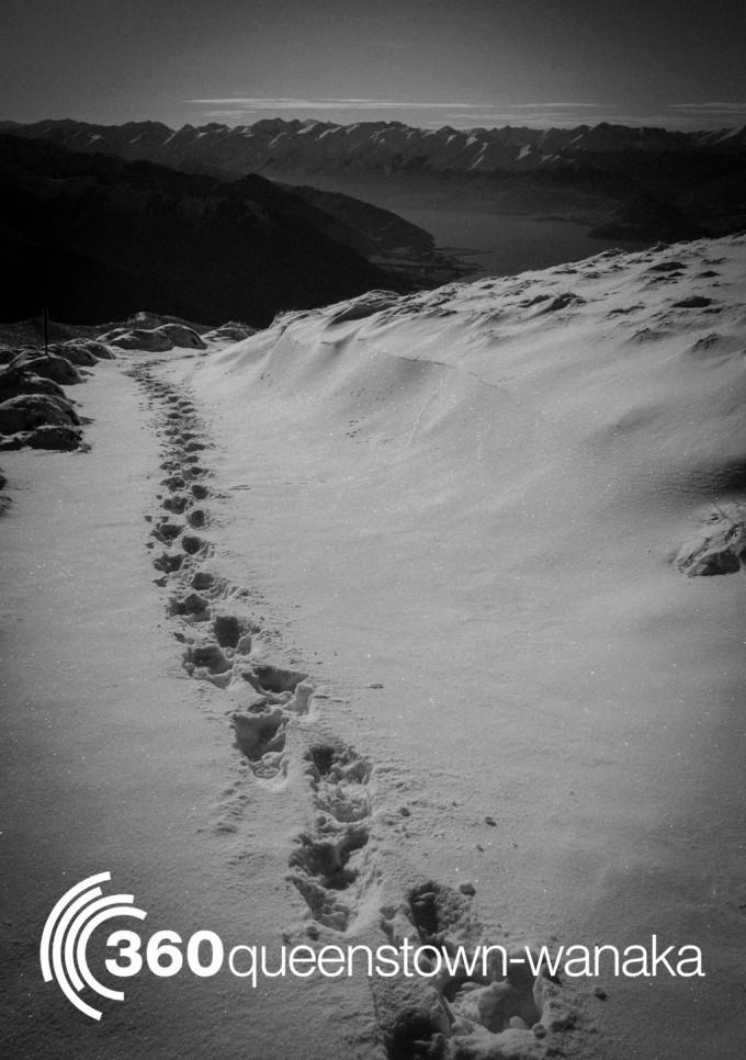 isthmus peak snowy boot pack
